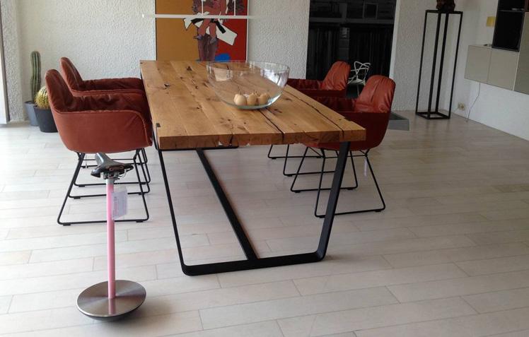 freifrau sitzm belmanufaktur am interiors. Black Bedroom Furniture Sets. Home Design Ideas