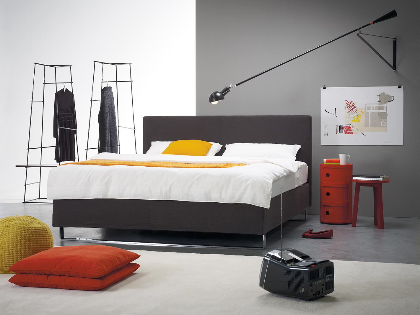 m ller design am interiors. Black Bedroom Furniture Sets. Home Design Ideas