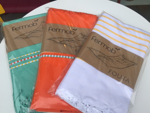 Strandtücher in verschiedenen Farben